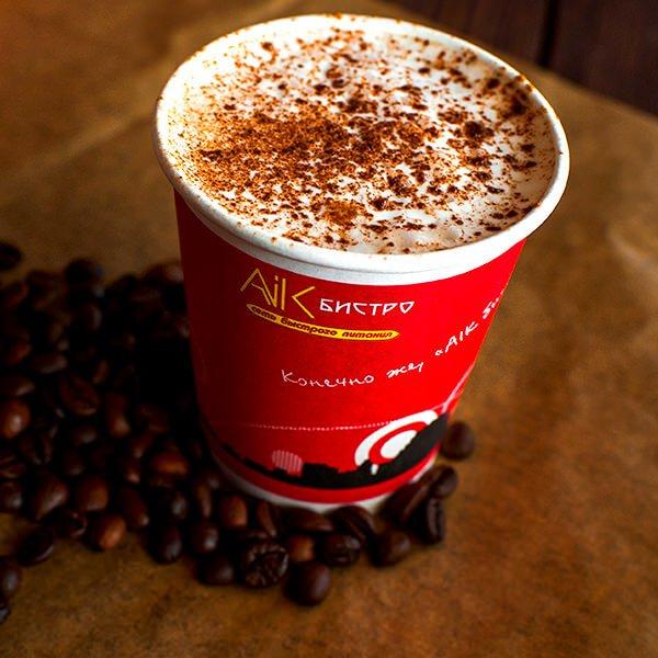 Зерновой кофе и шоколад